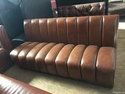 Продам кожаные диваны б/у для кафе, бара, ресторана