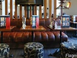 Продам кожаные диваны бу для ресторана кафе бара паба