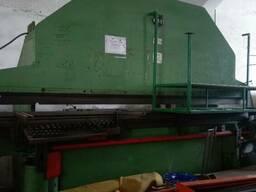 Продам кромкогиб пр-ва Швейцария ус. 160 тон ширина 4000 мм