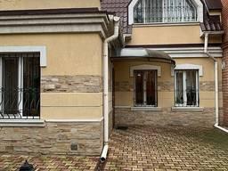Продам офісне приміщення 315 кв. м. в Одесі, Пироговська вул.