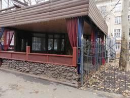 Продам отдельно-стоящее здание на пр. Шевченко.