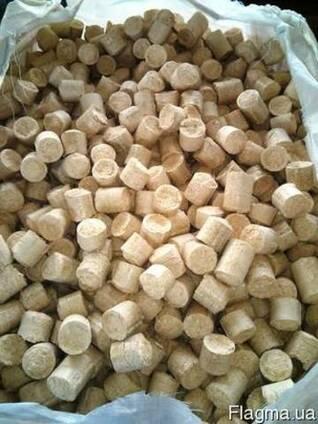 Продам паливні деревні брикети типу «Nestro» від виробника