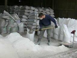 Продам песок, цемент, щебень, керамзит, отсев, кирпич и др.