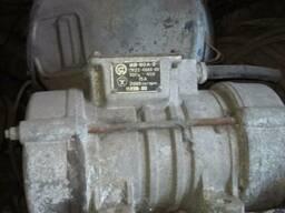 Продам площадочные вибраторы ИВ-98А-2,ИВ-104-2