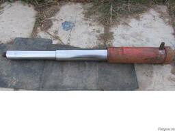 Продам подъемник(гидроцилиндр) ПТС 6 производства СССР.