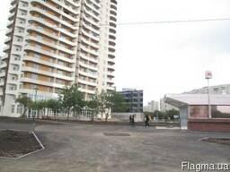 Продам помещение 140 м2 , возле выхода м. Победы, под торгов