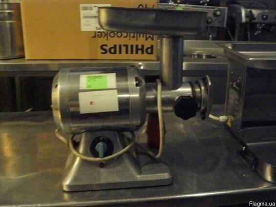 Продам профессиональную бу мясорубку Electrolux ТС-12