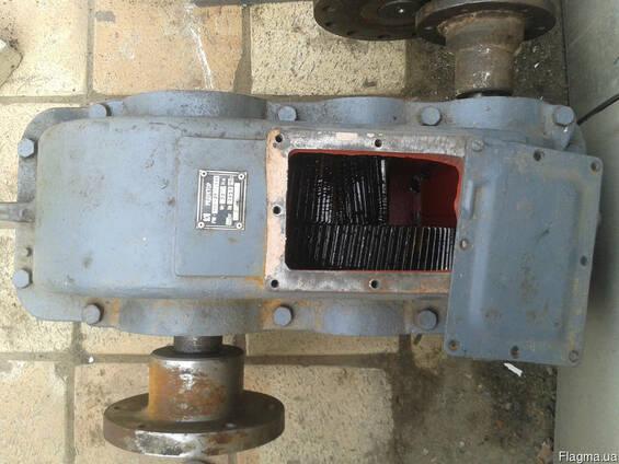 Продам редуктор Рм350