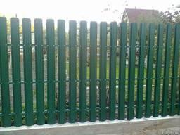 Продам Штакетный металический забор с полимерным глянцевым и