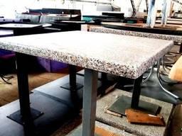 Продам столы б/у (столешница – верзалит под мрамор, нога –