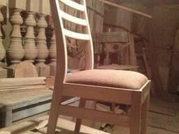 Продам стулья дубовые