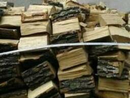 Продам сухие дрова колотые дубовые
