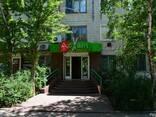 Продам торговое помещение 88 кв. м. в центре Никополя - фото 1