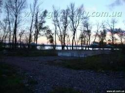 Продам участок 20 соток в элитной застройке на берегу Днепра