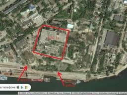 Продам участок возле морского порта в Крыму.