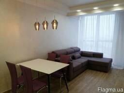 Продам видовую квартиру с ремонтом в р-не парка им. Шевченко(