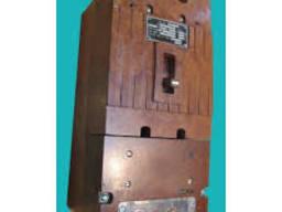 Продам выключатель А3724Б 250А