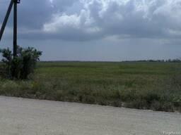 Продам земельный участок 2 гектара под ЛКХ на побережье моря