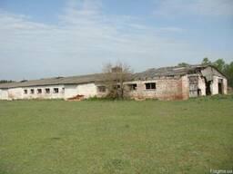 Продам животноводческий комплекс, Крехаев - 2400 кв.м.