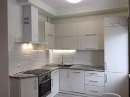 Продаётся 2х комнатная квартира в сталинке по ул. Мазепы, 11а (м. Арсенальная. ..