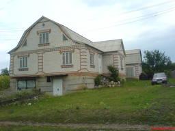 Продаю Будинок, сарай з погребом і земельну ділянку 0,25 га