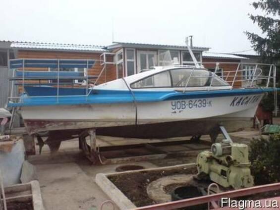 Продам моторные лодки б/у.