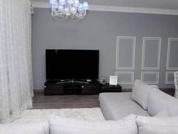 Продаю квартиру на Французском бульваре, в новом доме. ..