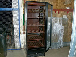 Продаж б / в холодильної шафи DERBY Global для кафе