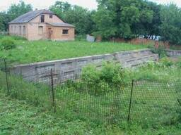 Продаж частини будинку і ділянки під будівництво