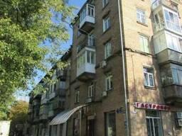 Продажа нежилого фасадного помещения с арендаторами. Готовый