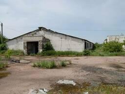 Продажа земельного участка, на участке расположено здание бывшего свинарника, 30 соток