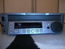 Профессиональный видеоплеер Digital Betacam Sony J-30