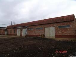 Производственная база в Керчи возле грузовой переправы, жд