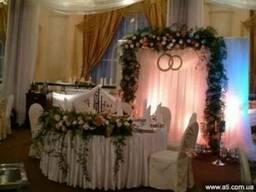 Прокат арки на свадьбу, свадебная флористика, букет невесты