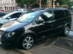 Прокат авто Volkswagen Cross Touran