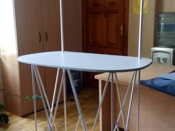 Промо-стол (промостойка)
