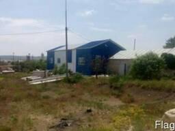 Промышленная площадка с ангаром в Крыму.