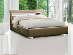 Просторная двуспальная кровать с подъёмным механизмом