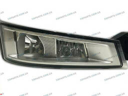 Противотуманная фара и фонарь указателя поворота RH Volvo. ..