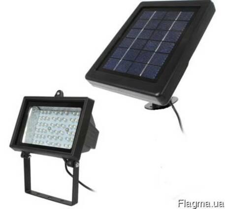Прожектор на солнечной батарее 54 LED с датчиком,светильник