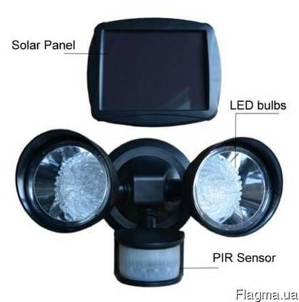 Прожектор светильник на солнечной батарее 2х18LED с датчиком