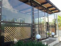Прозрачные шторы для беседок и веранд