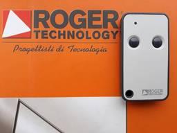 Пульт Roger H80/TX52R/2 для ворот, шлагбаума, роллет