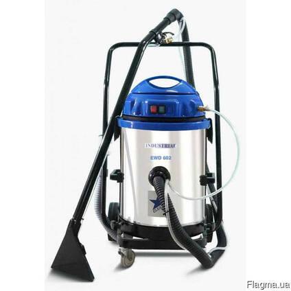 Пылесос промышленный для сухой и влажной уборки 2400 Вт
