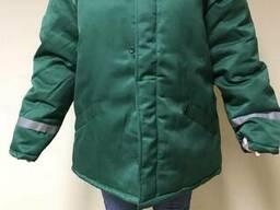 Рабочая утепленная куртка зеленая свп полосы