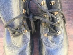 Рабочие ботинки мужские, юфть юфть, литьевой метод крепления