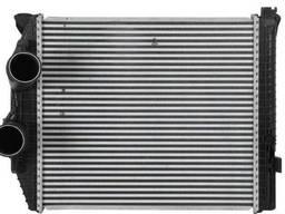 Радиатор интеркулера на грузовик Mercedes Atego