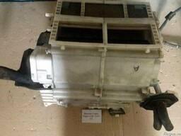 Радиатор кондиционера MR500667 на Mitsubishi Pajero Wagon 4