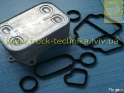 Радиатор масляный теплообменник VW Caddy Crafter 03L115389B