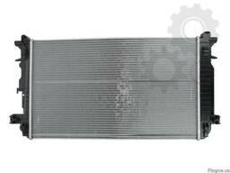Радиатор MB Sprinter 2. 2CDi / VW Crafter 2. 5 TDi 2006г.
